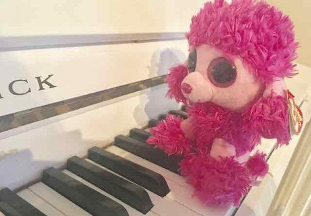 Patsy-at-the-piano