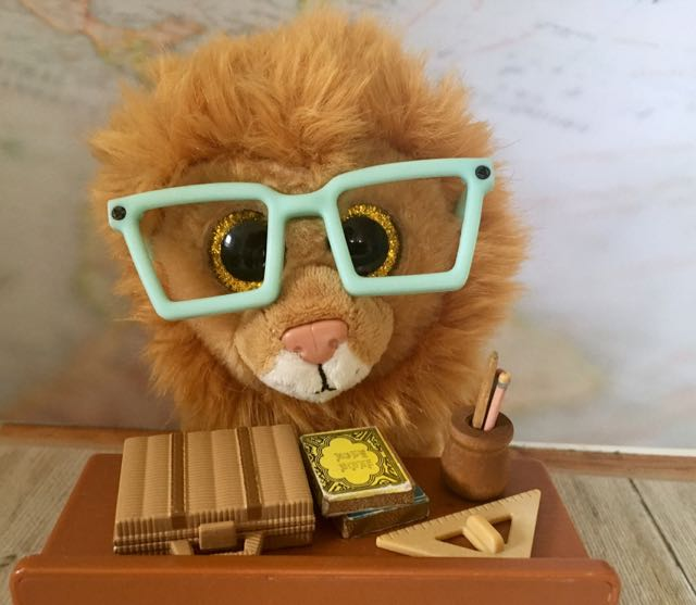 Louie Lion Beanie Boo with glasses